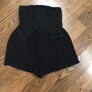 Black shorts jumper